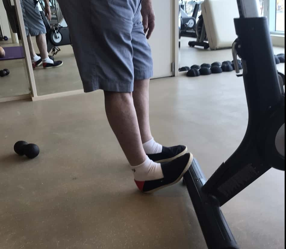 calf stretch to mobilize before KB swings