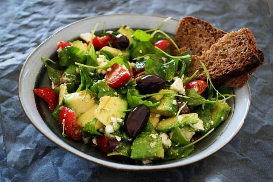 bowl of salad on omad diet